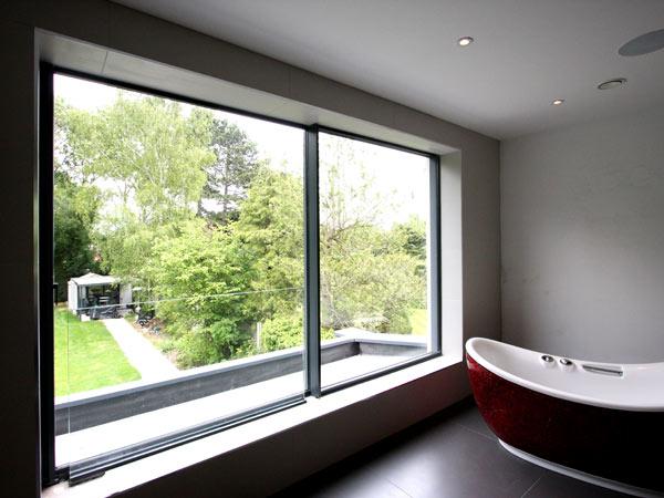 Finestre scorrevoli suzzara infissi pvc alluminio legno per balconi terrazzi prezzi installazione - Finestra scorrevole costo ...