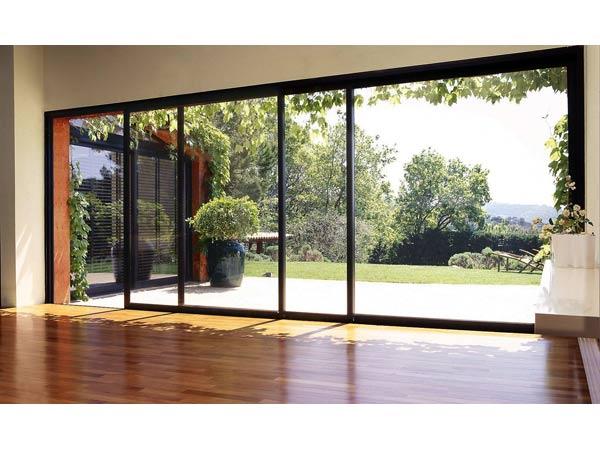 Installazione-finestre-in-alluminio-per-balconi-suzzara